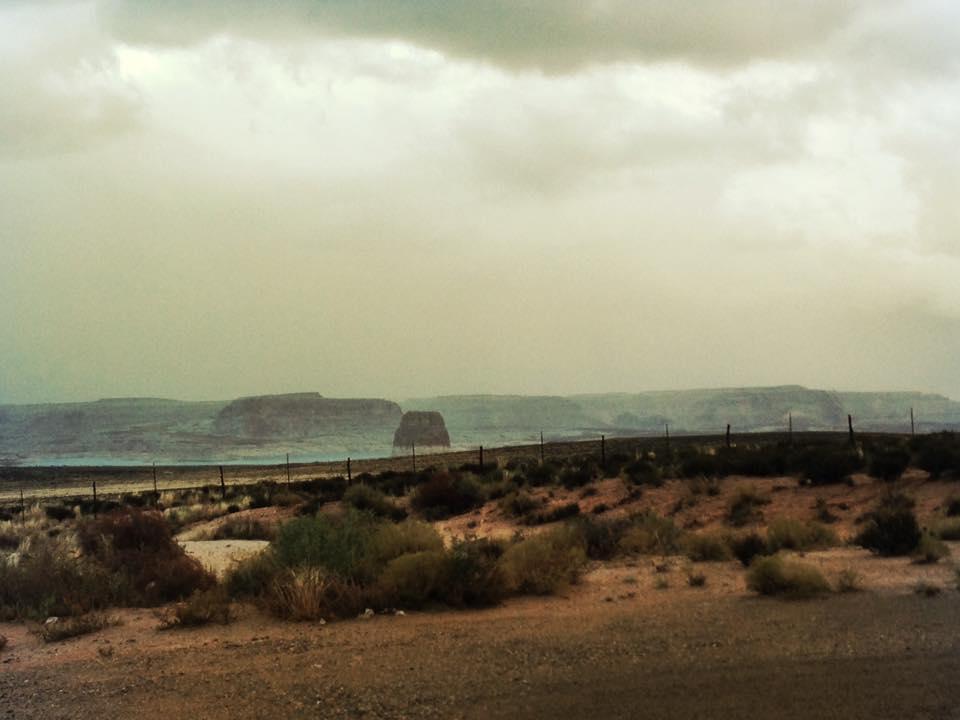 Lone Rock - Lake Powell - Page -Arizona