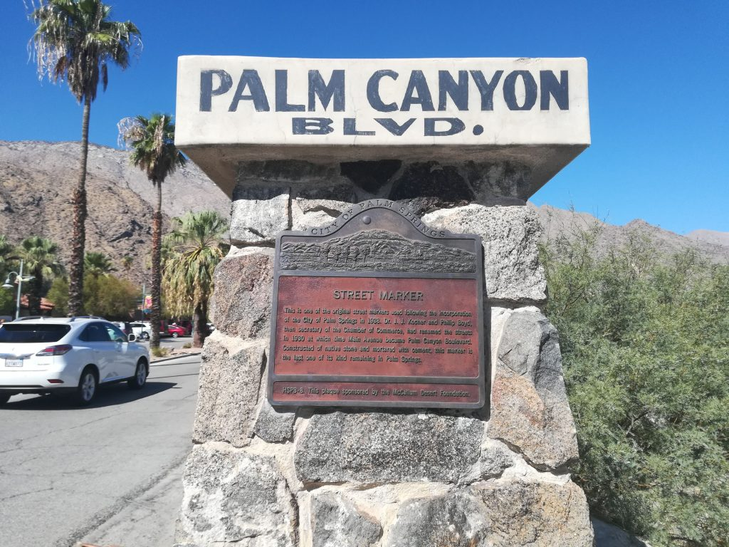 Palm Canyon Blvd - Palm Springs - California