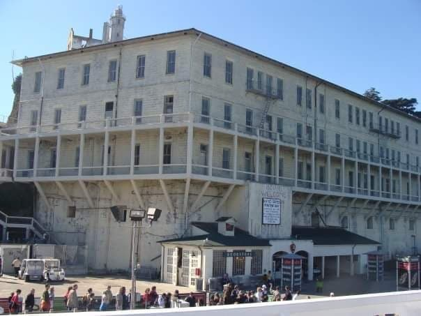 Curiosità sull'isola di Alcatraz penitenziario dall'esterno