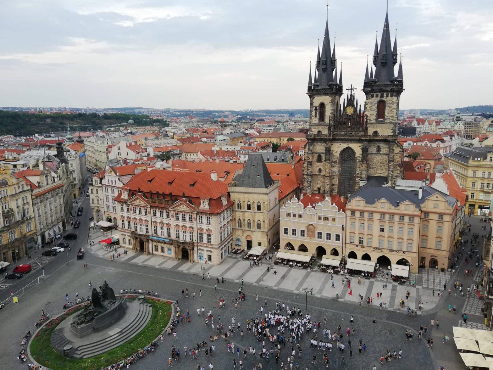 Praga dall'alto della torre dell'Old Town Hall