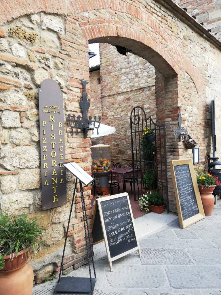 Montepulciano locali tipici via San Donato