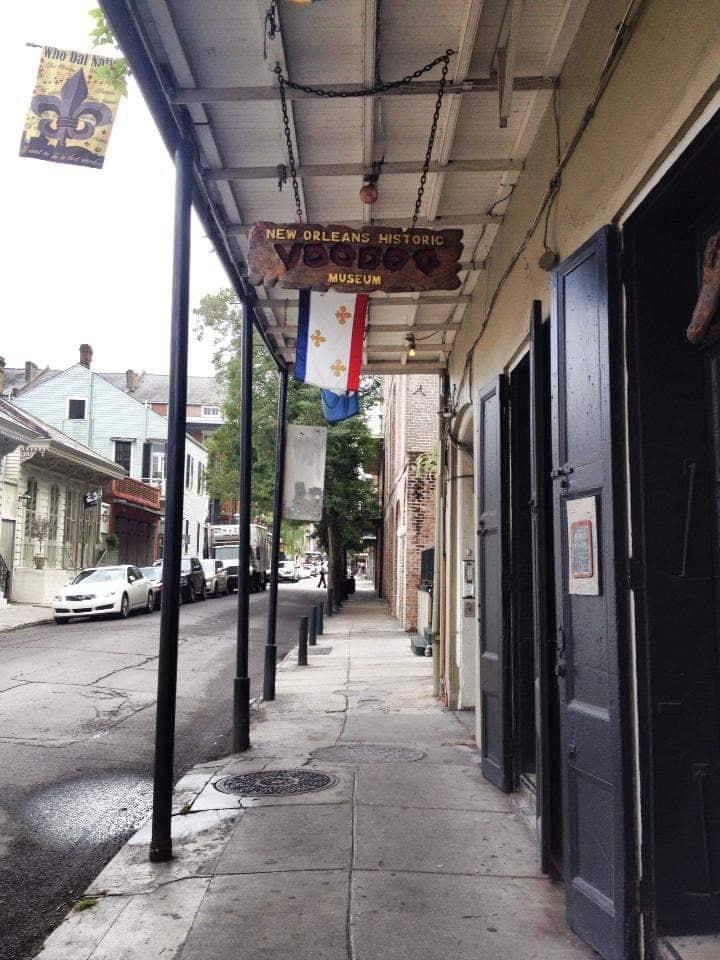 New Orleans Historic Voodoo Museum cultura voodoo e fantasmi a New Orleans
