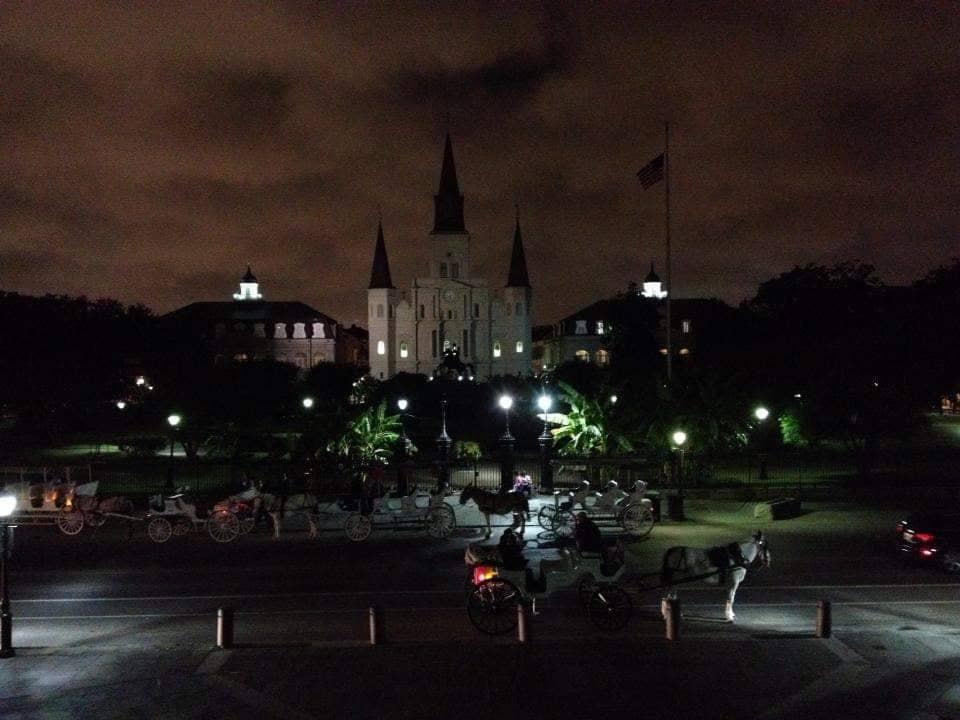 New Orleans è pericolosa? St Luis Cathedral di notte