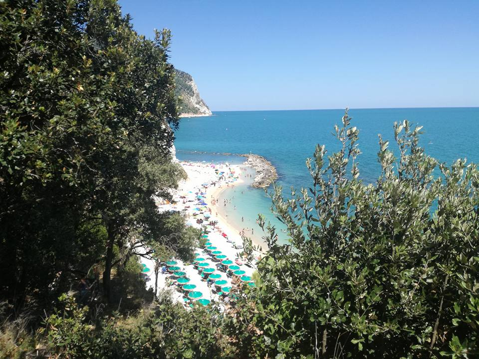 Spiaggia Urbani - Marche best in travel 2020 Lonely Planet
