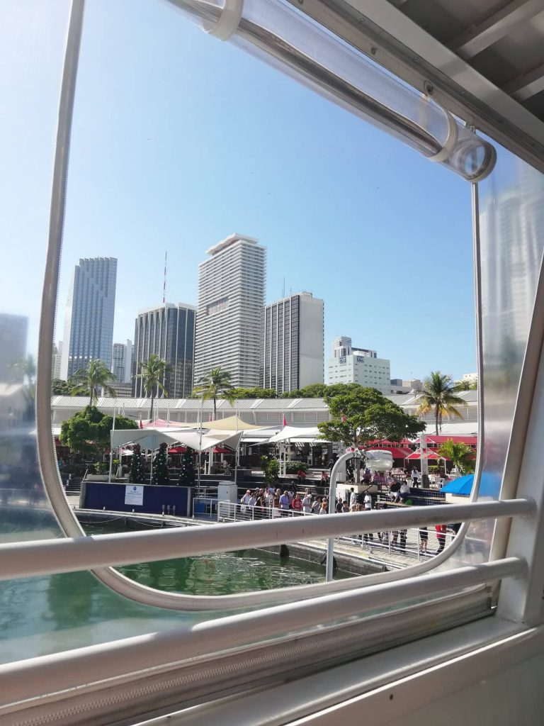 Bayside Marketplace da Island Queen Cruise - Miami