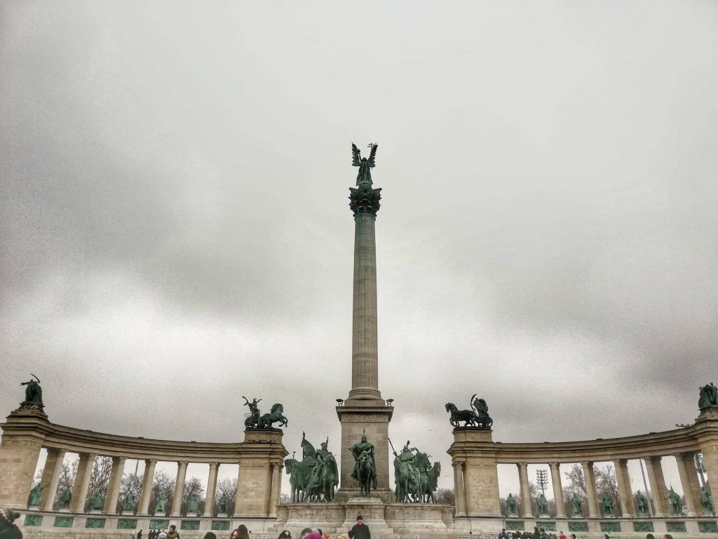 Piazza degli Eroi Budapest - Cosa vedere a Budapest in 3 giorni