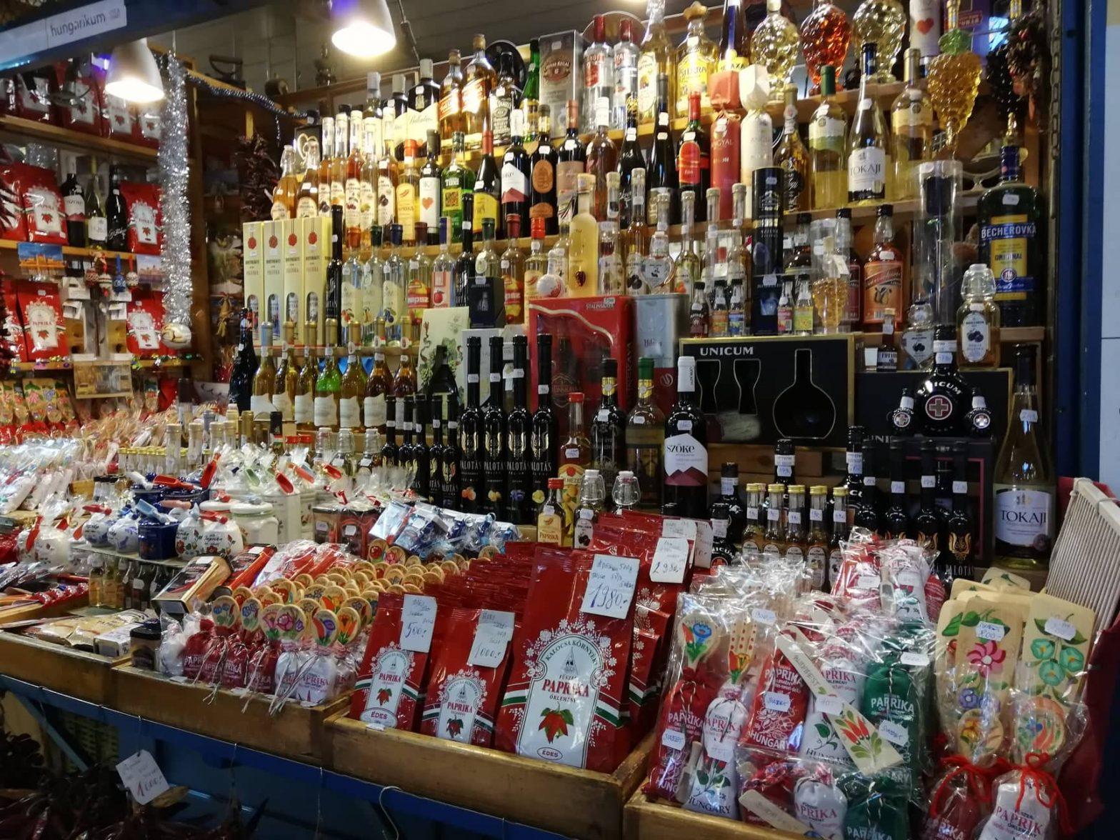 mercato-centrale-Budapest-prodotti-tipici-paprika