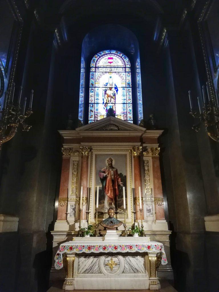 Basilica di Santo Stefano Budapest altare
