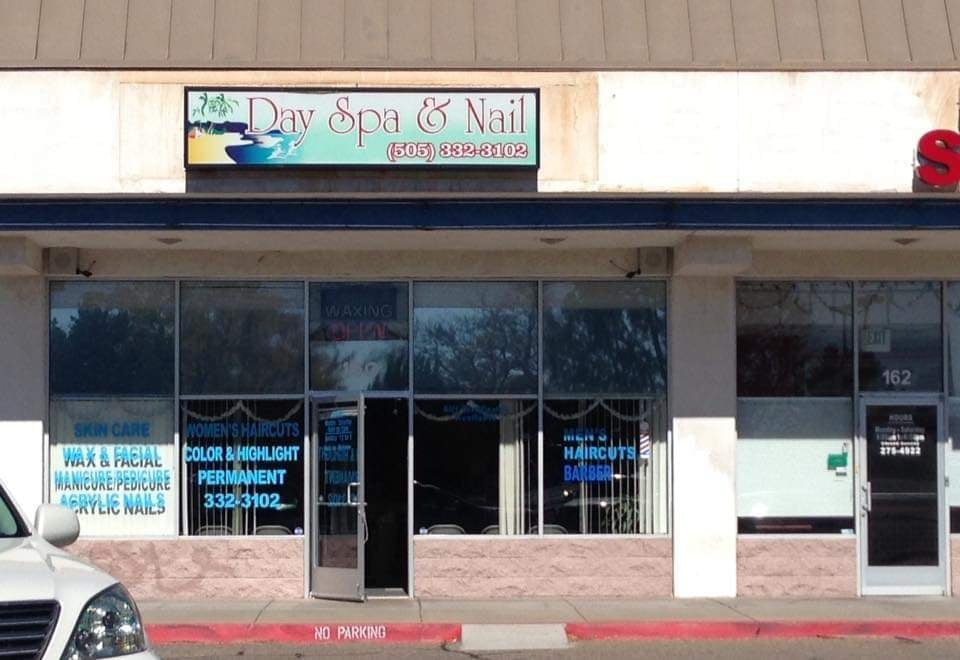 Day Spa and Nail - Salone di bellezza in cui ha l'ufficio Saul Goodman - Albuquerque