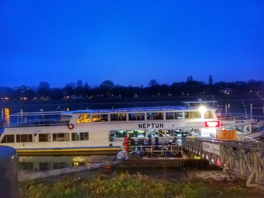 Dock 42 Portum Lines - migliore Crociera sul Danubio a Budapest