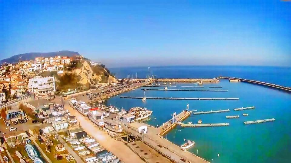 Porto di Numana - Ripresa con il drone - Cosa vedere a Numana Bandiera Blu