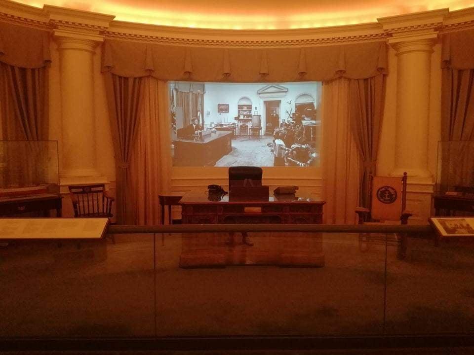 JFK Library Presidential Museum - Sala Ovale - Boston