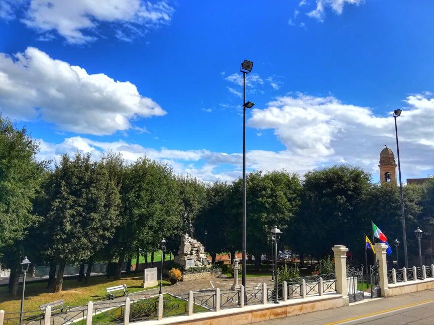 cosa vedere a Mondolfo Parco della Rimembranza di fronte allo Sferisterio