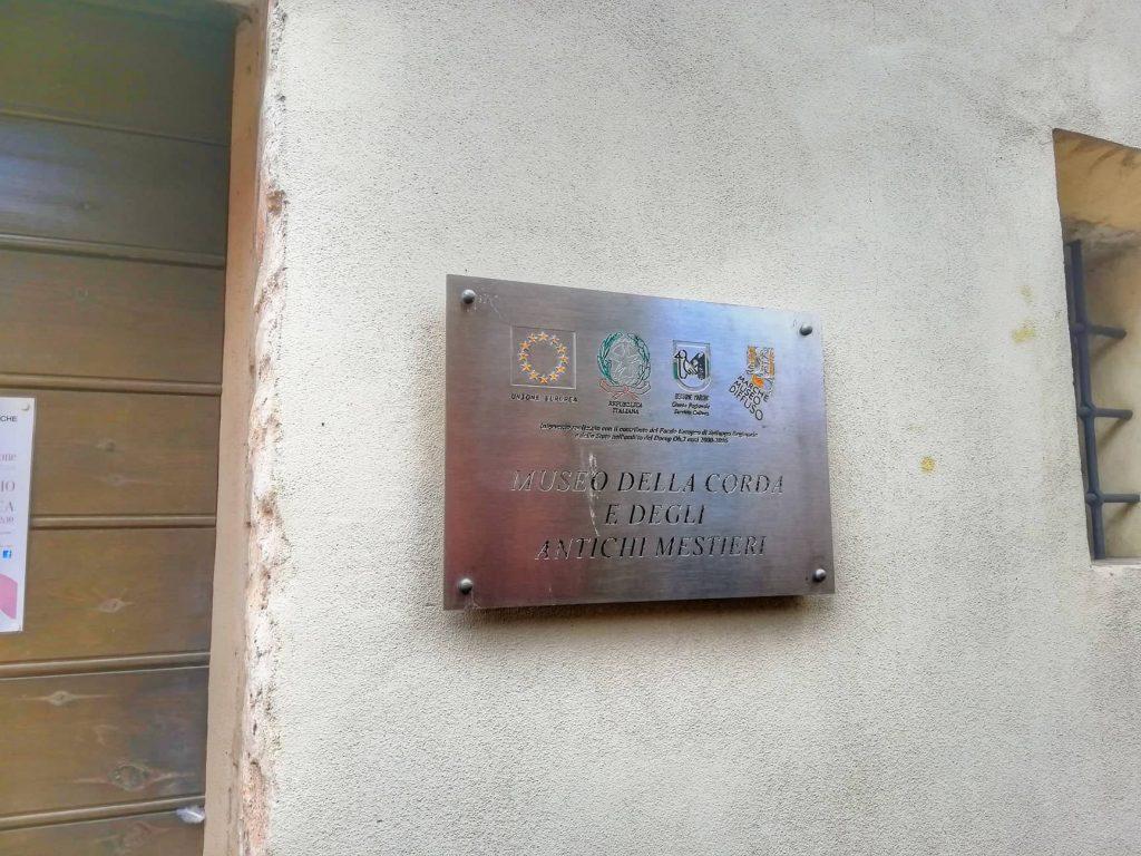 cosa vedere a Orciano di Pesaro il museo della corda e degli antichi mestieri