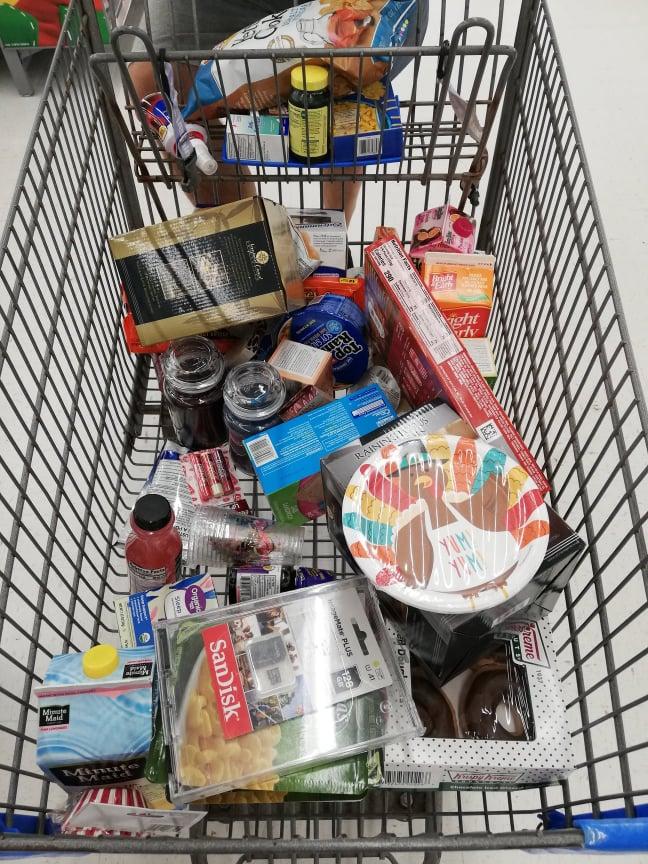 """Fare la spesa """"pazza"""" al Walmart in America"""