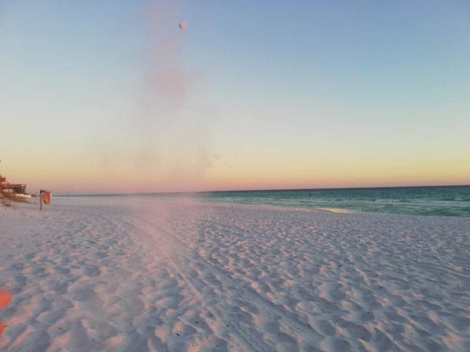 Tramonto in spiaggia a Destin Florida