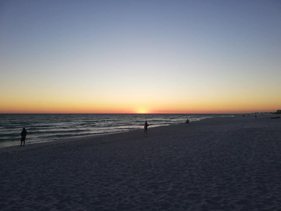 Percorrere la Costa Ovest della Florida- Uno spettacolare tramonto a Miramar Beach