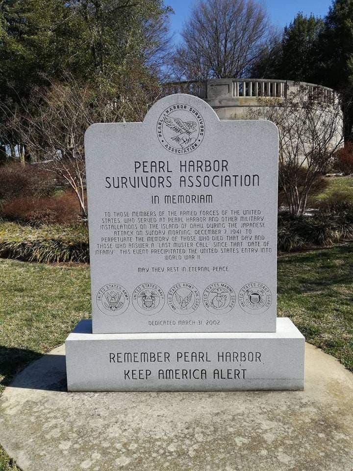 visitare il World War II Memorial di Annapolis  Pearl Harbor Survivor