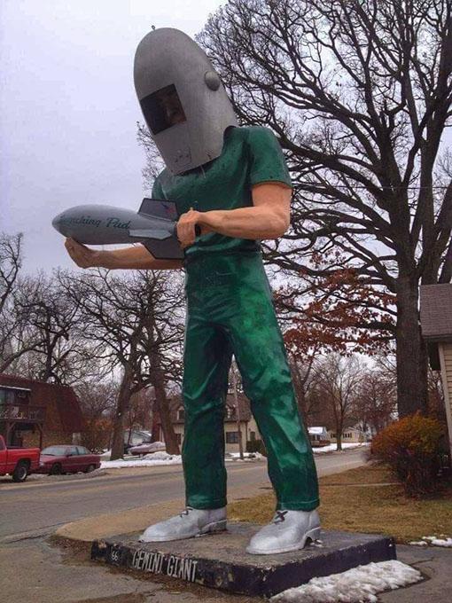 Attrazioni Route 66 Illinois Gemini Giant - L'astronauta di 8 metri a Wilmington