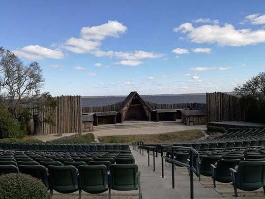 Fort Raleigh teatro Waterside in cui viene rappresentata la storia della colonia perduta di Roanoke