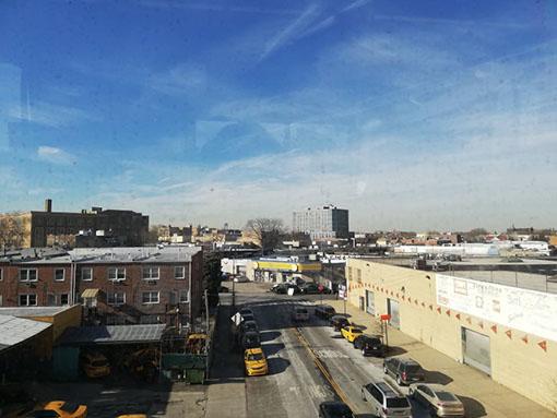 Brooklyn dalla metro per raggiungere Coney Island e Nathan's Famous e i suoi famosi hot dog