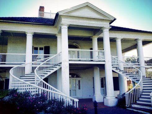 Evergreen Plantation -tour piantagioni in Louisiana . - Scalinata principale apparsa anche nel film Django - Visitata insieme alla Oak Alley Plantation