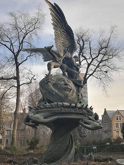Peace Fountain - Greg Wyatt - Giardino accanto alla Cattedrale Saint John the Divine