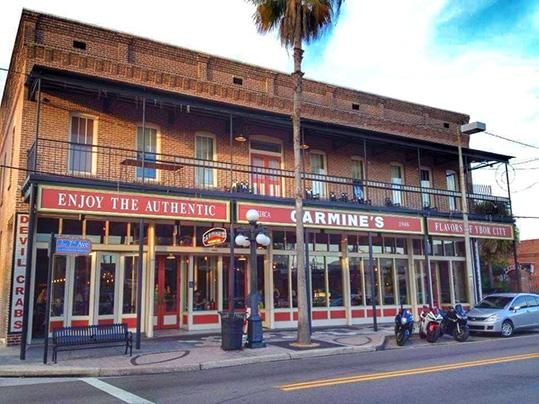 cosa vedere a Ybor City Tampa - Carmine's Restaurant uno dei più famosi
