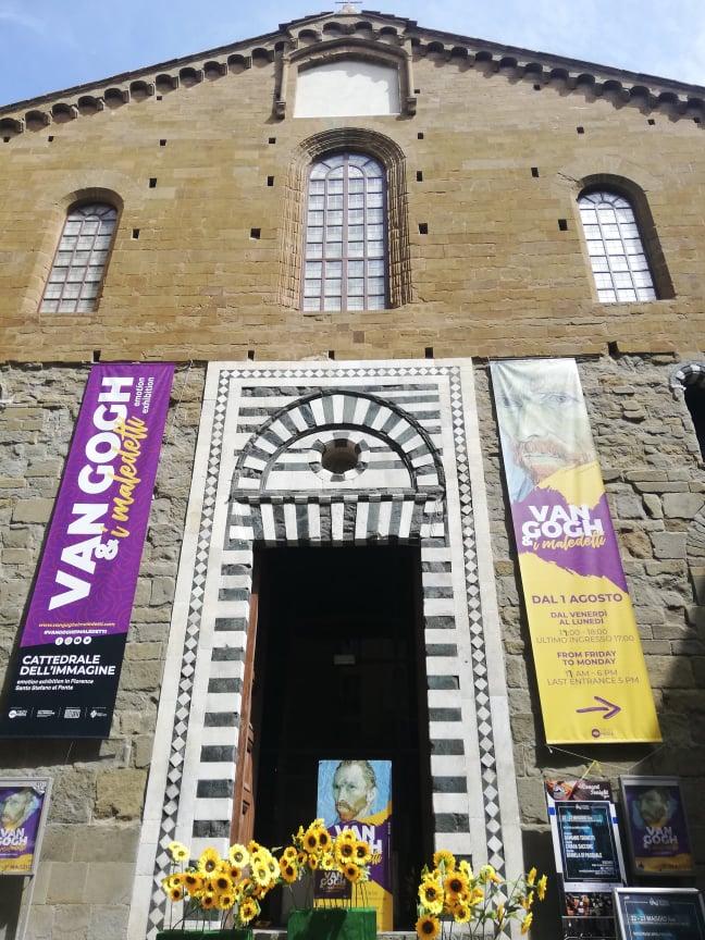 Ingresso Chiesa sconsacrata di Santo Stefano al Ponte - Mostra Van Gogh e i maledetti Firenze
