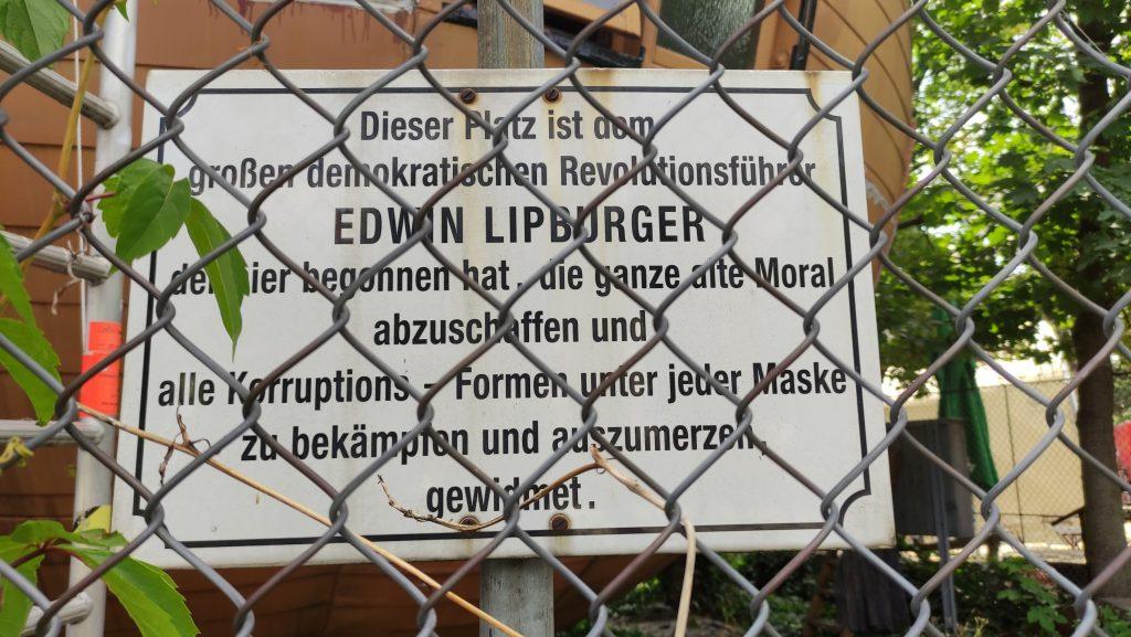 Repubblica di Kugelmugel Vienna cartello informativo su Lipburger