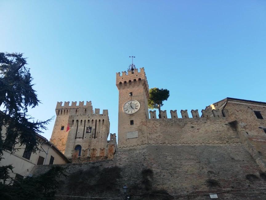 Dettagli del Mastio della Rocca cosa vedere a Offagna