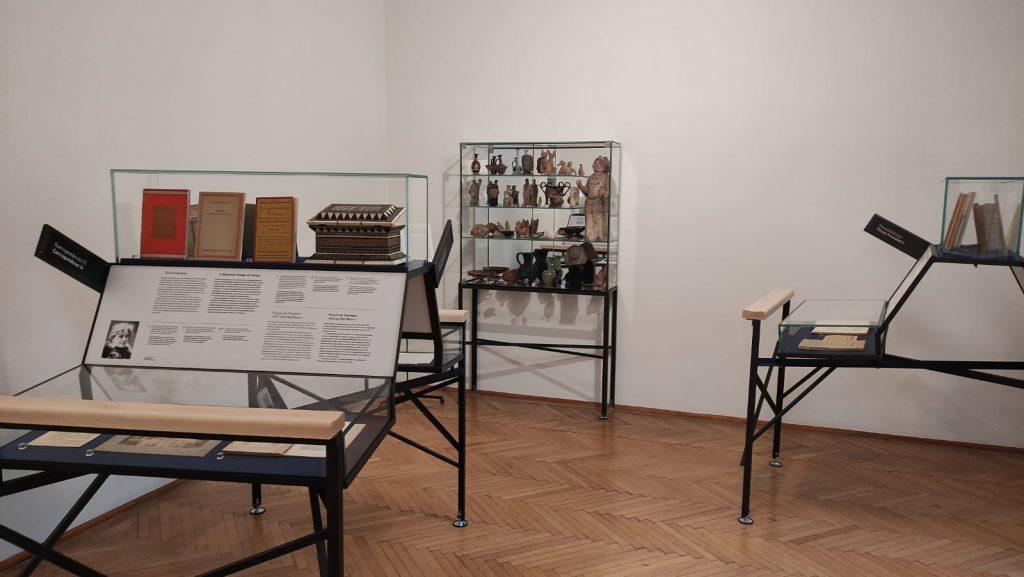 Alcuni oggetti d'antiquartiato appartenuti alla collezione di Freud - museo di Vienna