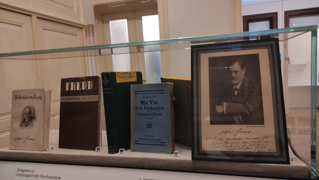 Fotografia e opere di Sigmund Freud - Museo di Vienna
