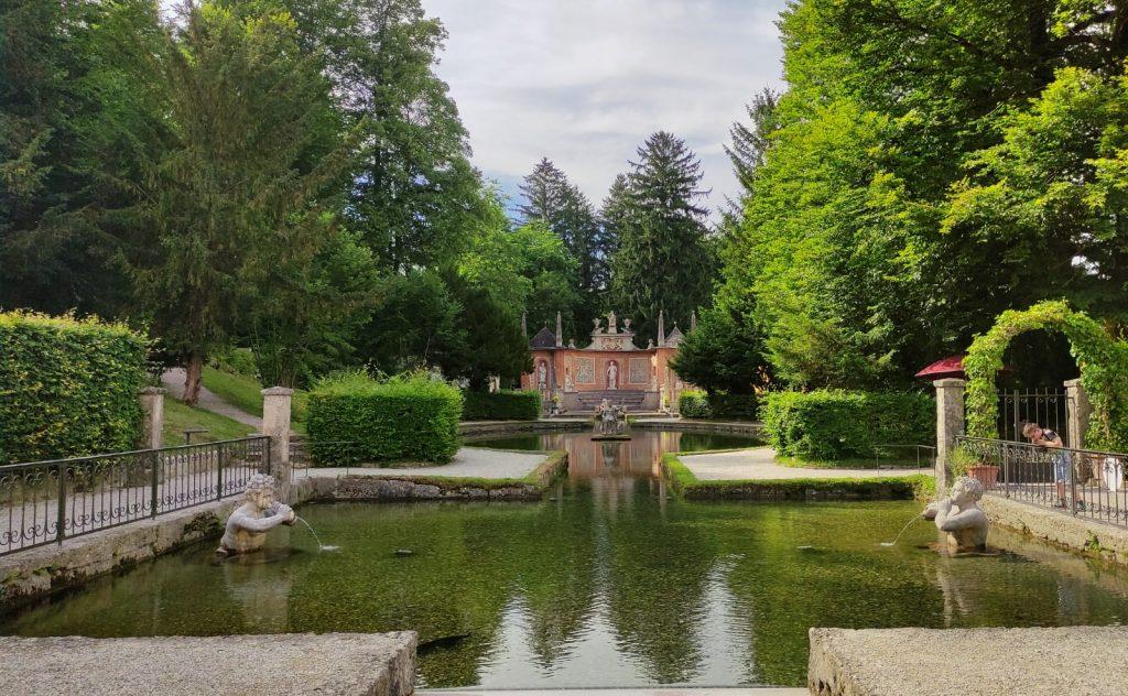 Il teatro dei giochi d'acqua a Hellbrunn  Salisburgo