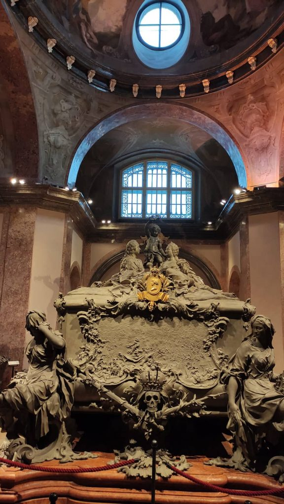 Doppio sarcofago di Maria Teresa d'Austria e Francesco I - Cripta degli Imperatori Vienna