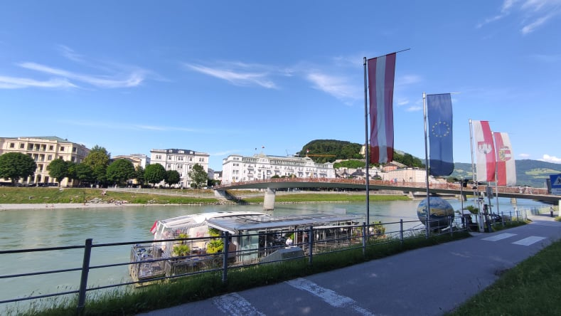 Battello per il tour sul Salzach e Makarsteg ponte dei lucchetti - Salisburgo