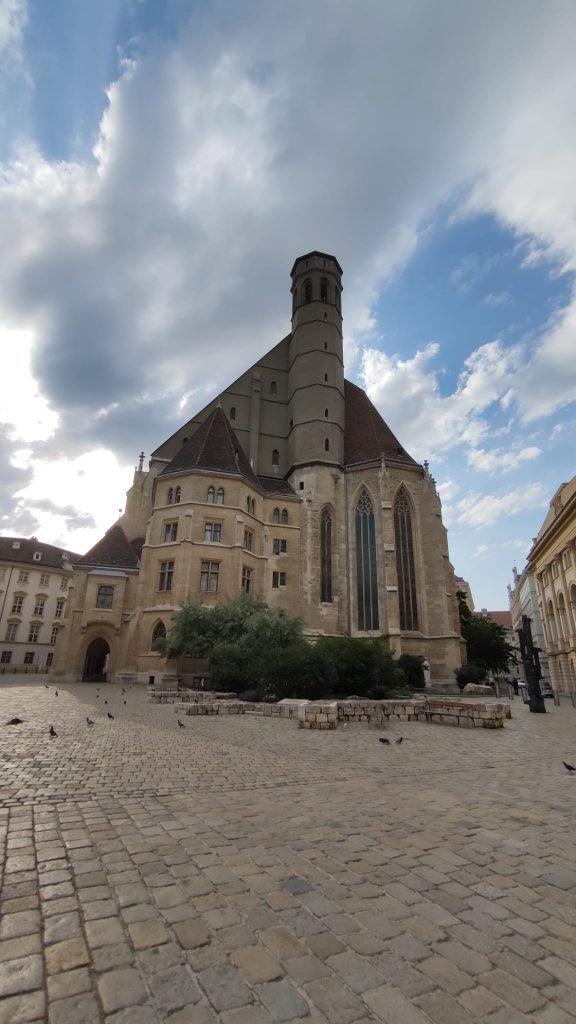 Minoritenkirke - La Chiesa dove si celebra la messa in italiano a Vienna